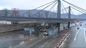 """Was war an der Grenze bei Rheinfelden los? Der Bericht von """"Tele M1""""."""