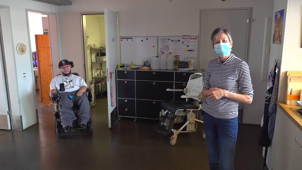 WG mal anders: Die Rollstuhl-WG mit 12 Angestellten