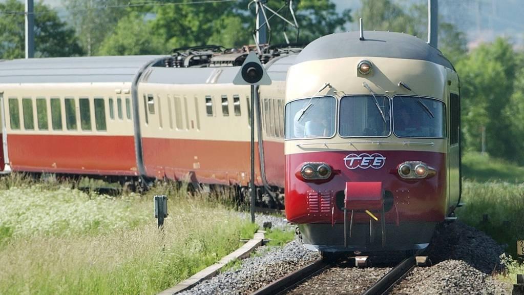 Der Trans-Europ-Express (TEE) ermöglichte es ab den 50er bis in die 80er Jahre, grenzüberschreitend rasch und bequem zu reisen. Mit neuen Zügen soll nun das Konzept auferstehen. (Archivbild)