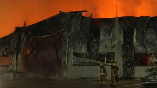 Grossbrand in Utzenstorf (BE): Produktionshalle komplett zerstört