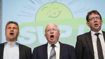 SVP-Parteiexponenen: Toni Brunner, Christoph Blocher und Albert Rösti dürften kaum in Freude ausbrechen über den Cyberangriff.