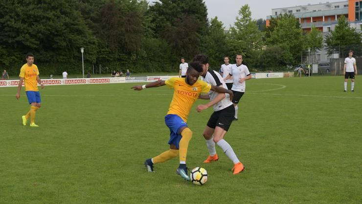 Der Schlieremer Rachid Dos Santos (links) zeigte eine starke Partie.
