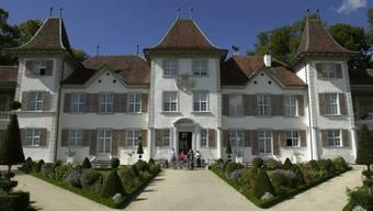 Schloss Waldegg, Feldbrunnen. © Robert Grogg Fotograf BR 07.09.2000 erschienen 19.07.2002