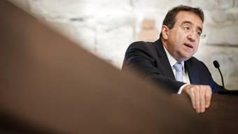 Der Waadtländer Staatsrat und Finanzdirektor Pascal Broulis wurde in der Steuerfrage bei Bundesrat Ueli Maurer vorstellig. (Archiv)