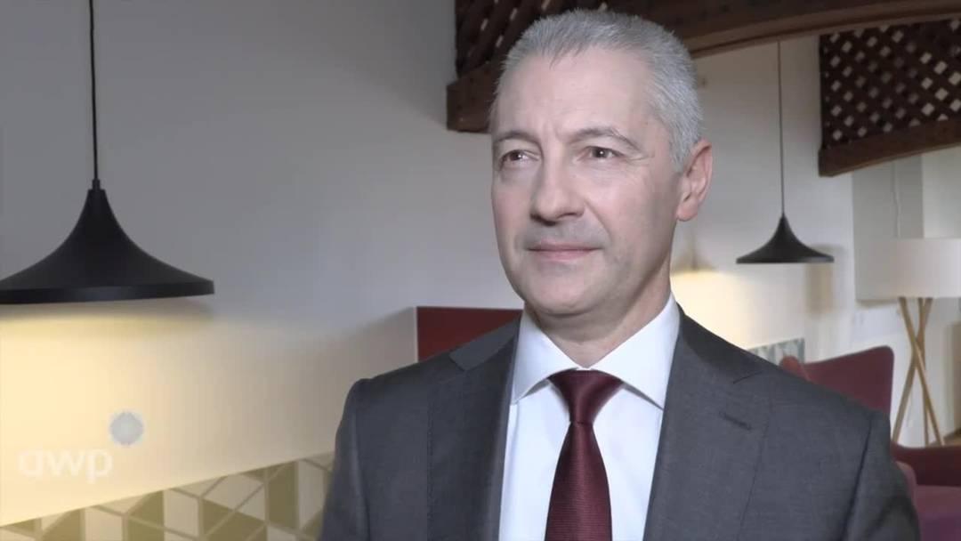 Migros-Chef sieht sich trotz Gewinneinbussen auf Kurs