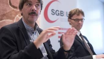 Paul Rechsteiner (links) und Daniel Lampart vom SGB (Archiv)