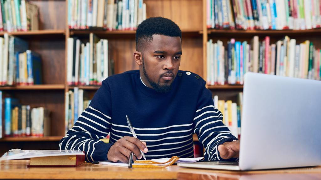 Next Level Prokrastination: Wie du Prüfungen verkackst