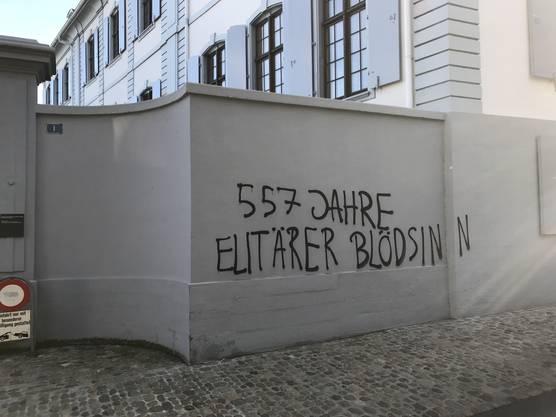 Studenten protestieren gegen die «elitäre Bildung».