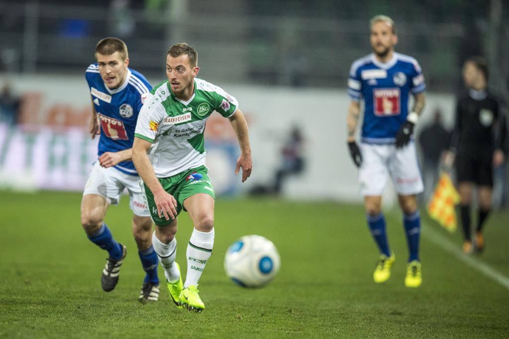 FC St.Gallen gerät kurz nach Anpfiff der zweiten Halbzeit in Rückstand (© Keystone)