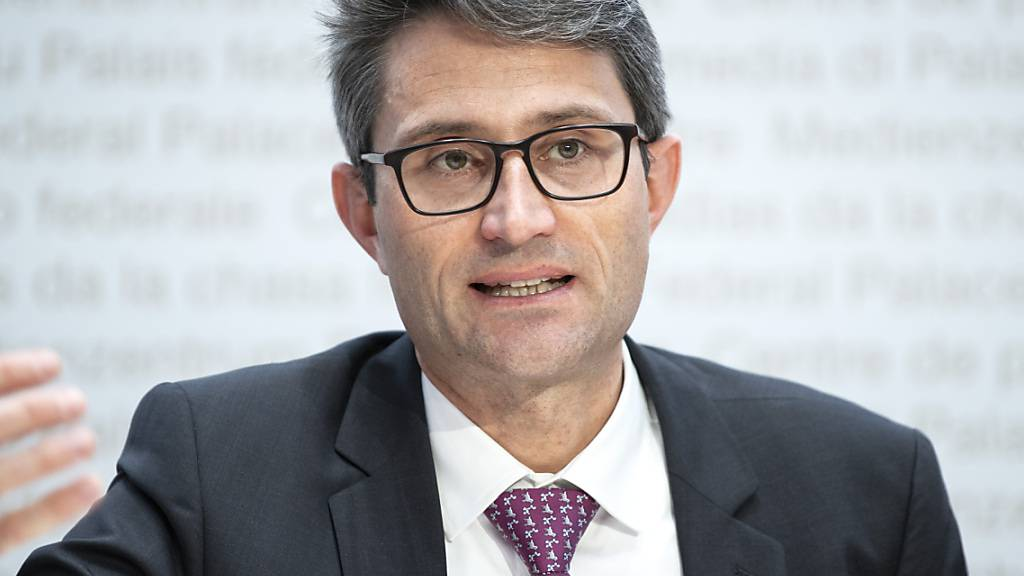 Die Zahlen der vergangenen Tage «lassen einen schon vorsichtig bleiben», sagte Lukas Engelberger, Präsident der kantonalen Gesundheitsdirektorenkonferenz (GDK), am Sonntagabend. (Archivbild)
