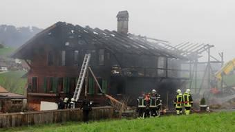 Brand zerstört Berner Bauernhaus