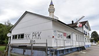 Moschee in Wangen bei Olten verschmiert, Fenster eingeschlagen