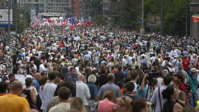 Zehntausende fordern in Moskau Putins Rücktritt