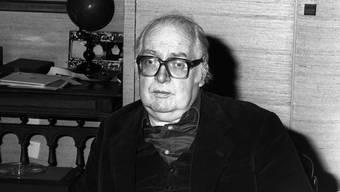 """Dass sein Krimi """"Der Richter und sein Henker"""" nun als Freilicht-Spektakel an den Ort seiner Entstehung zurückkehrt, hätte dem sinnenfrohen Autor sicher gefallen: Friedrich Dürrenmatt (1921-1990)."""