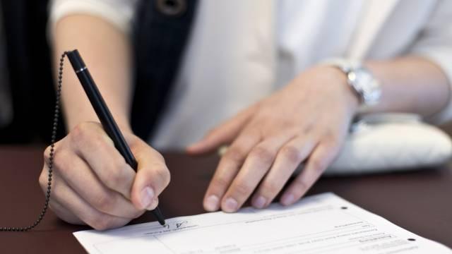 Im Baselbiet sollen auch Ablehnungs-Beschlüsse der Gemeindeversammlungen per Referendum angefochten werden können. (Symbolbild)