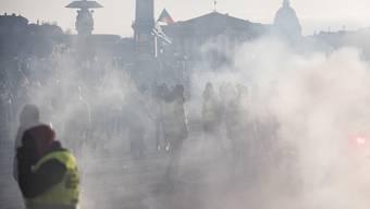 Die Gelbwesten demonstrieren seit Wochen gegen die Politik von Emmanuel Macron.