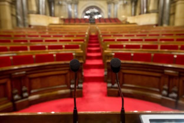 Das leere katalonische Parlament.