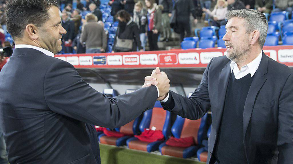 FCB-Coach Urs Fischer (rechts) gewinnt den Cup-Klassiker und verteilt Komplimente