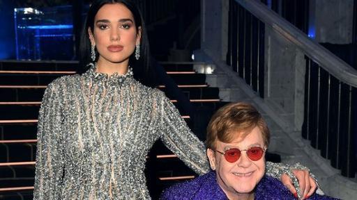 Elton John erstmals seit 16 Jahren wieder an Chart-Spitze