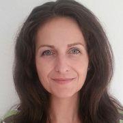 Nancy Holten*