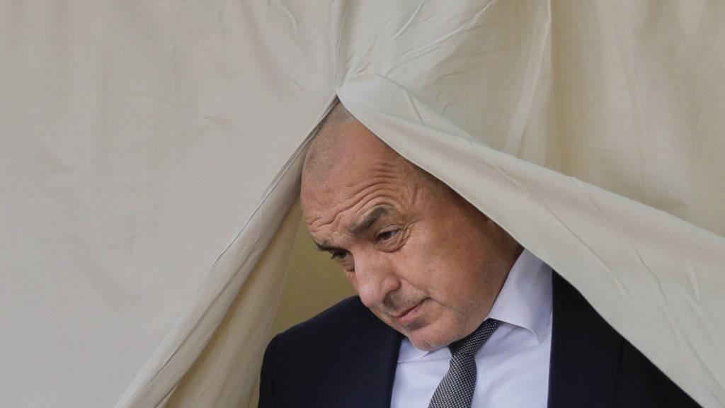 Der voraussichtliche Wahlsieger in Bulgarien: Boiko Borissow von der konservativen pro-westlichen GERB-Partei am Sonntag bei der Stimmabgabe in Sofia.