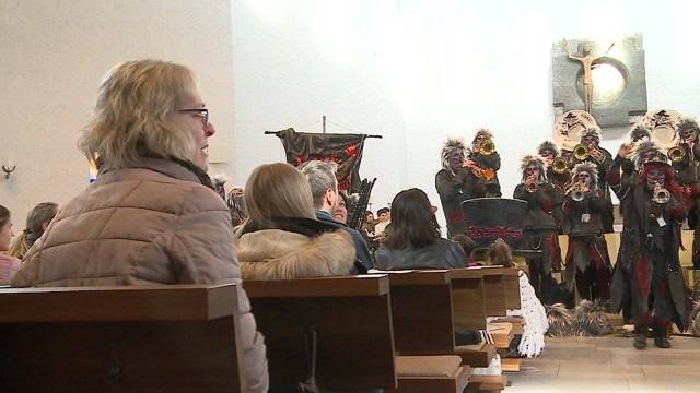 Narrenmesse: Fasnacht in der Kirche