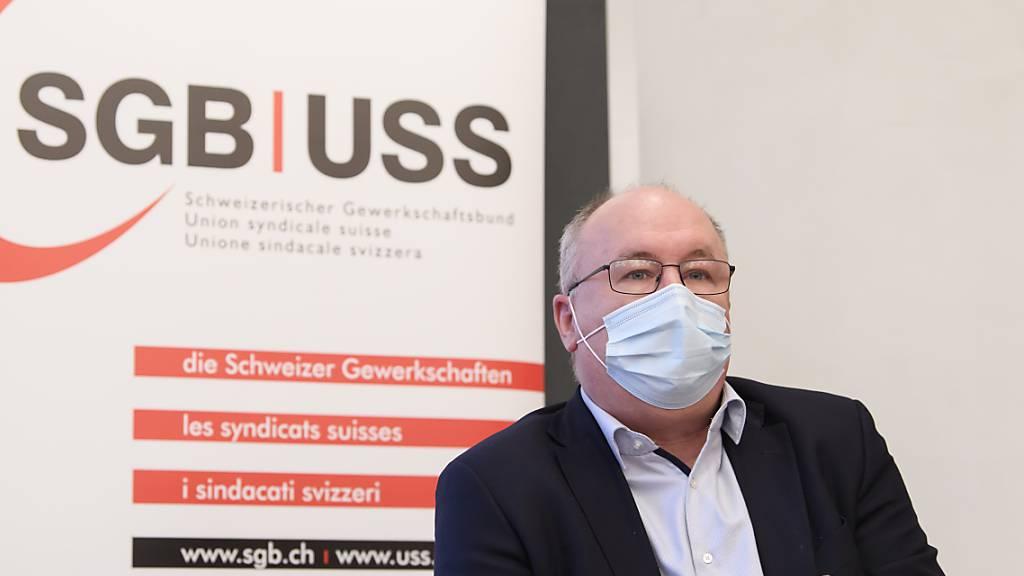 Der Präsident des Schweizerischen Gewerkschaftsbundes (SGB), Pierre-Yves Maillard, sieht derzeit Spielraum bei der Lockerung von Coronavirus-Massnahmen. (Archivbild)