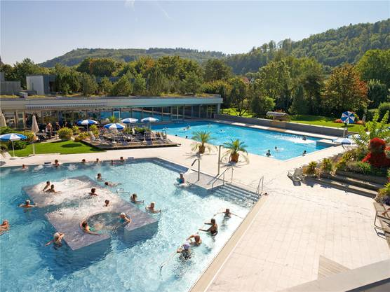 Das Thermalbad wurde vor wenigen Jahren umfassend saniert. An guten Tagen strömen über 2000 Personen ins Bad.
