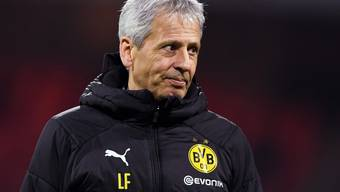 Lucien Favre gab vor dem Heimspiel von Borussia Dortmund gegen Stuttgart nicht viele Informationen preis