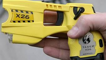 Taser-Pistole der Polizei