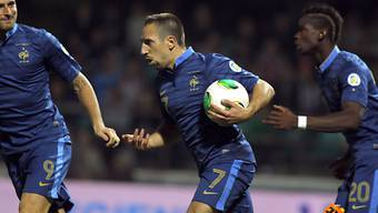 Ribéry (mitte) sicherte Frankreich gegen die Weissrussen den Sieg