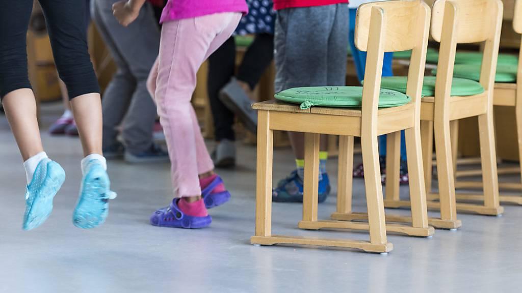 Nidwaldner Kindergärtnerinnen müssen weniger unterrichten