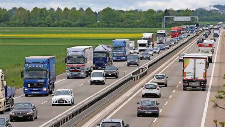 Die Autobahn A1 zwischen Luterbach und Härkingen.
