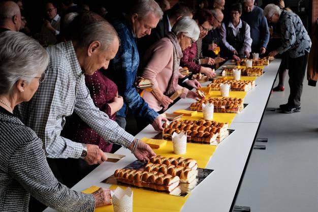 Neujahrsapéro Oberengstringen 1. Januar 2019 im Zentrumssaal im Zentrum Oberengstringen. Das Buffet ist eröffnet.