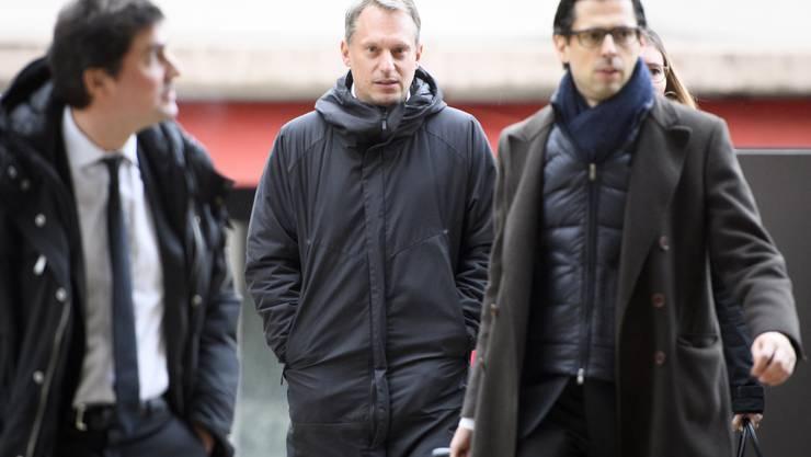 Yves Allegro auf dem Weg zum Prozess. Dem 41-jährigen Ex-Profi wird Vergewaltigung und/oder sexuelle Nötigung vorgeworfen.