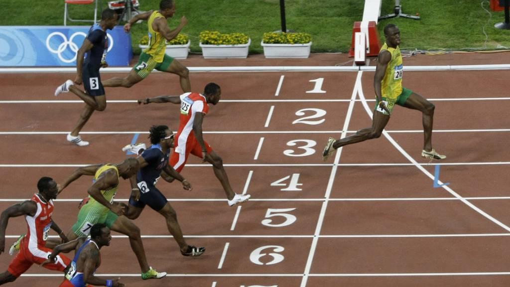 Usain Bolt wirbt mit Peking-Zielfoto für Social Distancing