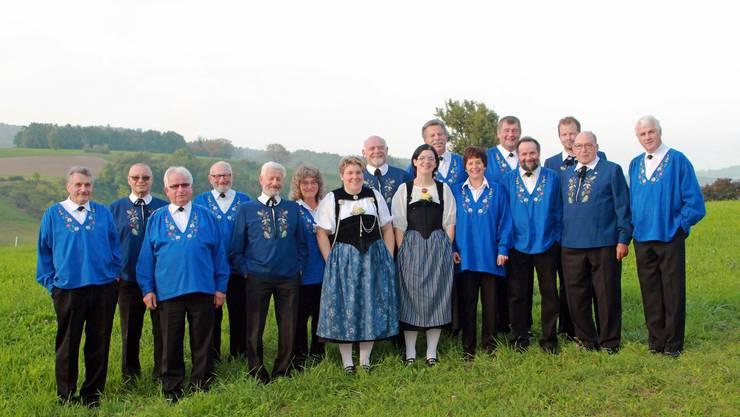 Dieses Foto des Jodlerklubs Effingen entstand am Anlass «Chilbizyt i dr Chile» im September 2013 in Bözen.