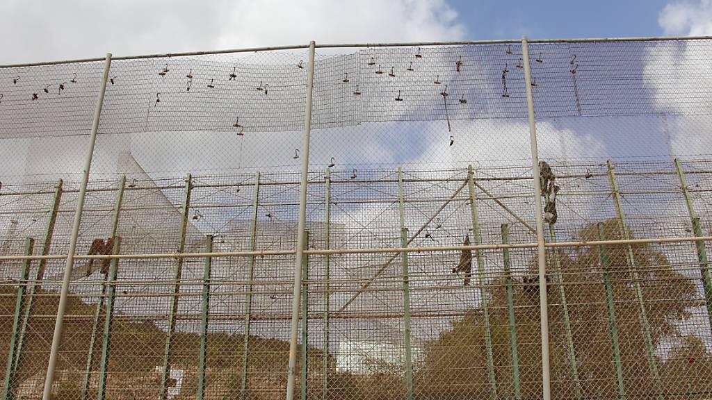 Ein Toter bei Migranten-Ansturm auf spanische Afrika-Exklave
