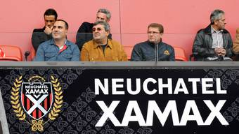 Xamax-Boss Tschagajew (Mitte) letztes Opfer ist Rudakow (r.). Satujew (l.) ist der Nachfolger.  EQ