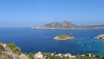 Im äussersten Westen der Insel Mallorca ist ein Schweizer bei einem Tauchgang gestorben.