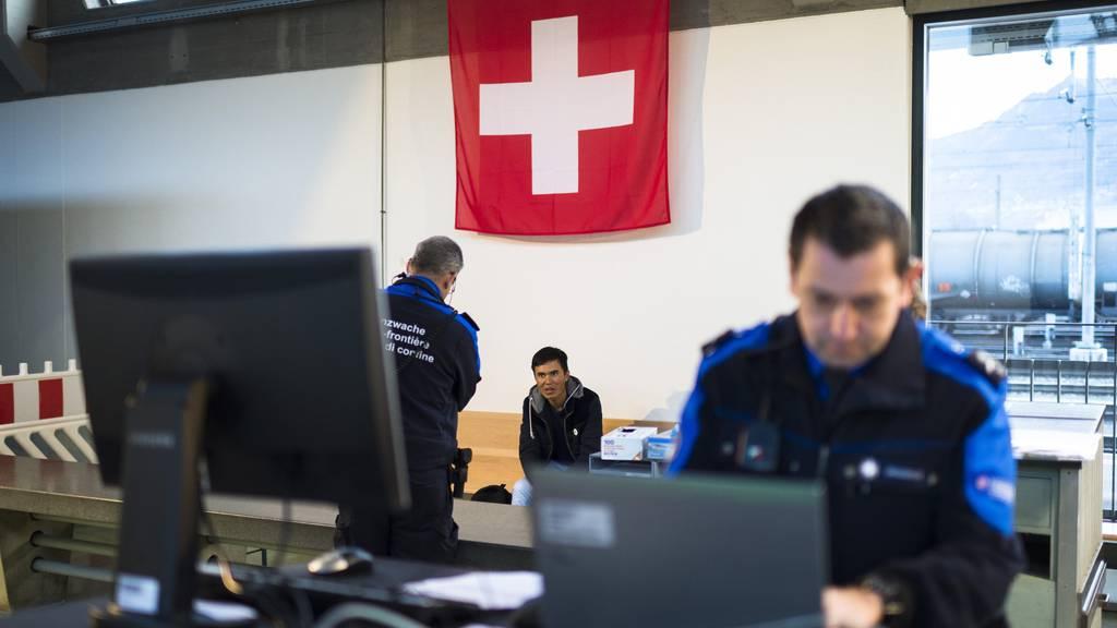 Täglich kommen in der Schweiz weitere Menschen in Not an.