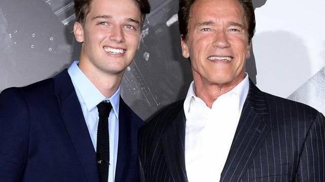 Haben beide ein Flair für Politik: Sohn Patrick und Vater Arnold Schwarzenegger (Archiv)