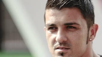 Der Barcelona-Stürmer David Villa brach sich das linke Schienbein im Halbfinal der Klub-WM gegen Al-Sadd (Katar) und fällt nun für die EM 2012 aus.