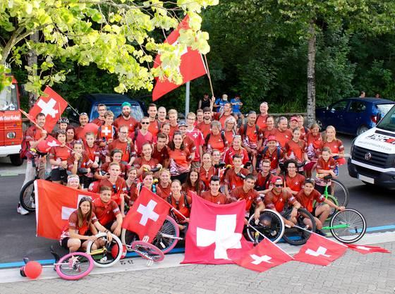 Die Schweizer Delegation auf einem Fleck