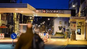 Grenzübergang Konstanz. Auch hier fallen immer öfter Deutsche auf, die Bargeld aus der Schweiz mitbringen.