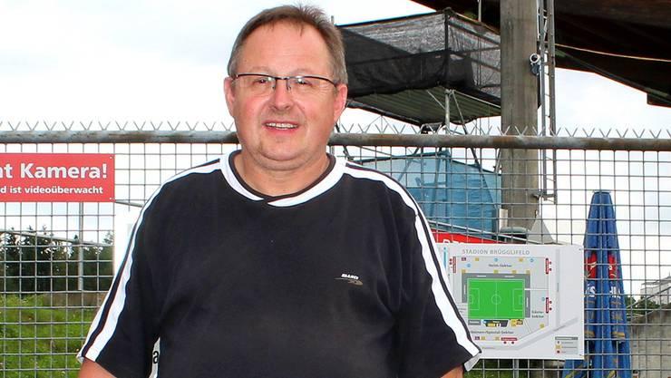Christian Holzer aus Hendschiken ist Fan seit dem Cupsieg von 1985.bas