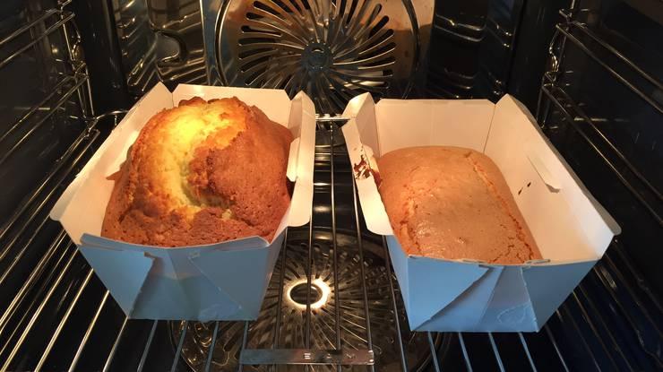 Schon im Ofen zeigt sich: Der Sprite-Kuchen geht kaum auf.