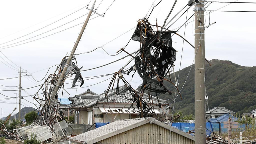«Faxai» war am Montag vergangener Woche mit Rekordwindstärken auf die Region Chiba südöstlich von Tokio getroffen und hatte Stromleitungen niedergerissen. (Bild vom 13. September)