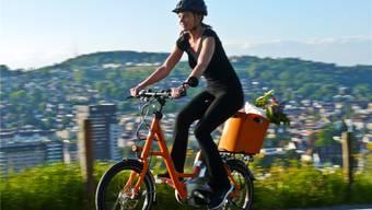 Auch beim Elektrorad ist nun Individualisierung gefragt – seis durch Accessoires, Farbe oder Rahmenform, wie hier beim Kompaktrad i:SY,das Flyer für junge urbane Biker lanciert (ab Fr. 3690.–).Peter Hummel