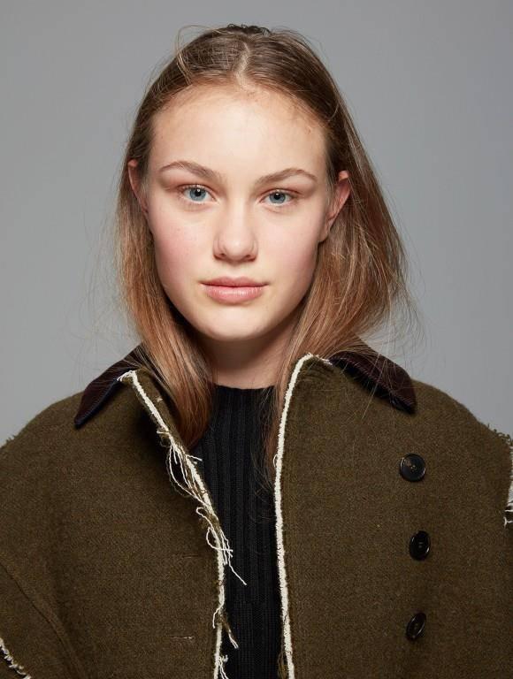 Lorraine Brugger (14) aus Schwyz (SZ) (© Style Magazine/ Sabine Villiard)